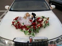 doll-on-wedding-car-01