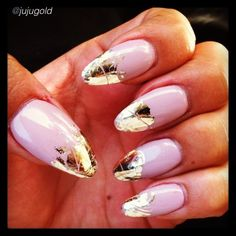Photo by giogoshow - Julianne's gold foil nails
