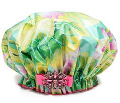 Give Mom a Hollywood Favorite ~ Dry Divas Shower Cap Great for water  aerobics (http://bluegiraffeboutique.com/products/dry-divas-shower-cap-ivylicious.html)