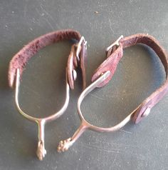 USED Spurs w/Brown Leather Straps $20