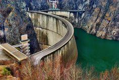 Vidraru Dam, Romania Travel Mug, Travel Tips, Beautiful Places To Visit, World Traveler, Romania, Family Travel, Places To Travel, Arch, Around The Worlds