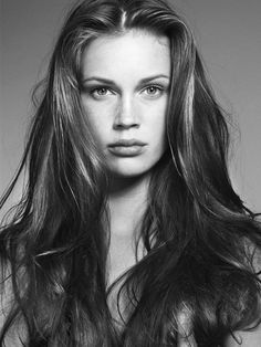 Marine-Vacth-Jeune et Jolie people-in-film-photo Veronica Lake, Zooey Deschanel, Behind Blue Eyes, French Beauty, French Actress, Portraits, Celebrity Beauty, Grunge Hair, Young And Beautiful