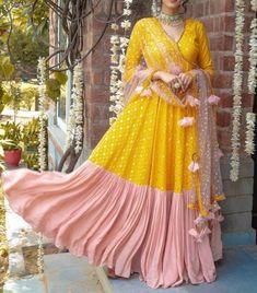 Indian Bridesmaid Dresses, Indian Gowns Dresses, Indian Fashion Dresses, Indian Wedding Outfits, Indian Designer Outfits, Bridal Outfits, Indian Outfits, Bridal Dresses, Blouse Lehenga