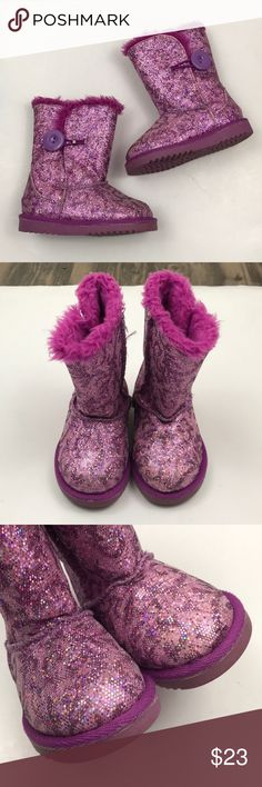 "Toddler Nordstrom Rack Pink Glitter Fake Fur Boots Condition - good shape with some wear   Color- pink  Measurements - bottom of the sole Toe to heel - 6"" Widest part - 3""  No box.    S2318/0M nordstrom rack Shoes Boots"