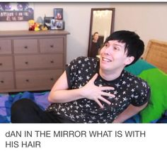 but do you seee phil's expression? awwwwww