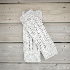 They are visually appealing and very easy to wear.Leg warmers are totally fashionable these days and they're perfect for cold weather. Cabled Legwarmers/Boot Cuffs by Stephanie Jessica Lau will make you look ultra cool and very stylish, no matter if you choose to wear them over and under your favorite boots.Easy to pair with your …