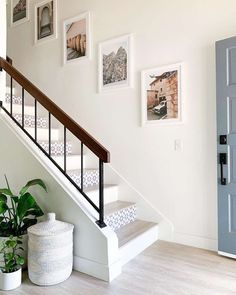 Neutral Decor Ideas,Great Neutral Design Ideas The sun is shining today and I'm a much happier camper. Crazy how the weather can drastically affect our mood! Stair Photo Walls, Stair Walls, Staircase Wall Decor, Stair Decor, Staircase Design, Stair Risers, Family Picture Frames, Family Pictures, White Picture Frames