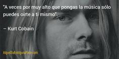 """El 5 de abril de 1994 #TalDíaComoHoy se suicidó Kurt Cobain, vocalista de """"Nirvana"""". #Música #Efemérides"""