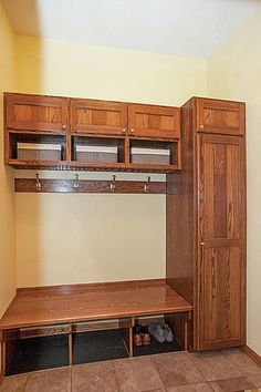 Custom mudroom - the organizer deep inside me is drooling at this!  3847 Tessier Trail, Vadnais Heights, MN 55127  http://www.movingtominnesota.com/property-item/gorgeous-vadnais-heights-home/