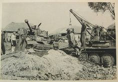 Panzer IV transmission removed by Bergepanzer 38(t). | Flickr