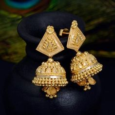 How Clean Gold Jewelry Info: 5310432912 Gold Jhumka Earrings, Jewelry Design Earrings, Gold Earrings Designs, Gold Jewellery Design, Designer Earrings, Gold Necklace, Necklace Designs, Fancy Jewellery, Necklace Set