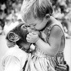 28 Precious Vintage Photos of Children With Their Pets - I Can Has Cheezburger? 28 Precious Vintage Photos of Children With Their Pets - I Can Has Cheezburger? Animals For Kids, Animals And Pets, Baby Animals, Cute Animals, Beautiful Creatures, Animals Beautiful, Friends Forever, Best Friends, Cute Kids