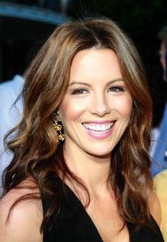 What do people think of Kate Beckinsale? See opinions and rankings about Kate Beckinsale across various lists and topics. Pretty Brown Hair, Long Brown Hair, Long Wavy Hair, Ash Brown, Kate Beckinsale Hair, Kate Beckinsale Pictures, Celebrity Hairstyles, Cool Hairstyles, Beautiful Hairstyles