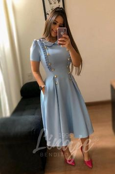 Abaya Style 685250899529463597 - Robe mi-longue Source by autourdelafrance Beautiful Casual Dresses, Classy Dress, Modest Fashion, Hijab Fashion, Fashion Dresses, Trend Fashion, Girl Fashion, Fashion Design, Modest Dresses