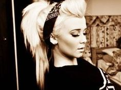 Ways To Rock A Bandanna Like A Pinup! - Love this for long hair!