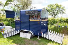 It took eight week to transform a Rice Beaufort horse box into The Gin Tin, a mobile bar. Mum and I discussed doing something like this, or maybe in a Citroen van Catering Van, Catering Trailer, Food Trailer, Wedding Catering, Concession Trailer, Catering Ideas, Coffee Carts, Coffee Truck, Mobiles Catering