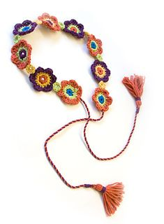 Posy Belt: free pattern (belt, neck decor, package decoration