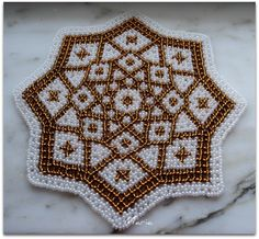 Discussion on LiveInternet - Russian Service Online Diaries Online Diary, Beaded Crafts, Doily Patterns, Beaded Bags, Bead Weaving, Perler Beads, Doilies, Home Art, Blanket