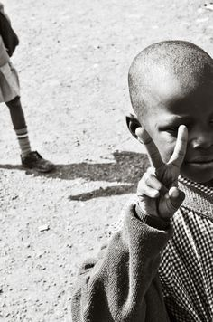 PEACE. Kibera, June 2012. Photography by mollyinkenya.