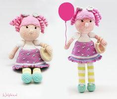 A directory of free Amigurumi crochet patterns Handmade Dolls Patterns, Crochet Dolls Free Patterns, Crochet Doll Pattern, Baby Knitting Patterns, Amigurumi Patterns, Doll Patterns, Crochet Fairy, Cute Crochet, Crochet Wool