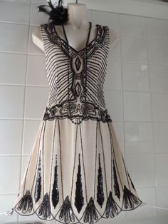 TOPSHOP Cream Vintage Deco 1920's Bead Sequin Flapper Charleston Gatsby Dress S