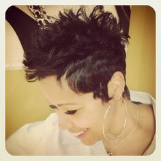 Short cut. If I ever wanted to cut my hair really short, I would totes cut it like this.