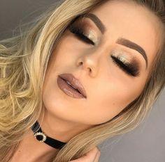 maquiagem de festa gloss e sombra dourada