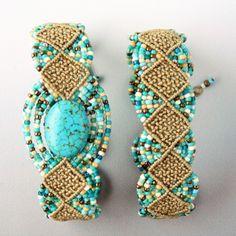 Woven Diamonds Micro Macramé Bracelet with Sherri Stokey #craftartedu