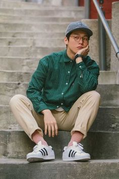 51 Chic White Sneaker Outfit Youve Ever Laid Eyes On Fashion Men Style Men Style Sneaker Outfits, White Sneakers Outfit, Sneakers Fashion, Sneakers Style, Streetwear, Mode Masculine, Look Fashion, Korean Fashion, Fashion Clothes