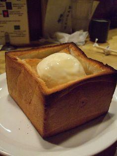honey_brick_toast Brick Toast, Bubble Tea, Asian Recipes, Honey, Cooking Recipes, Pudding, Sweets, Desserts, Food