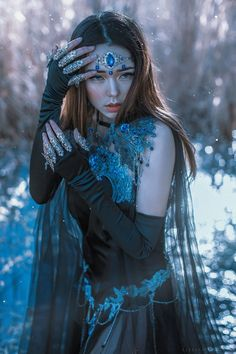 Browse hundreds of pieces in Firefly Path's color-sorted gallery to find inspiration for your own custom fantasy garments. Fantasy Women, Dark Fantasy Art, Fantasy Inspiration, Character Inspiration, Poses, Dark Beauty Magazine, Templer, Photoshop, Fantasy Photography