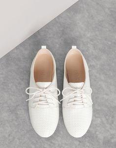 Zapato Plano - MUJER - ZAPATOS - Bershka Colombia
