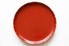 [F] 平皿。独特な模様と色がいい。