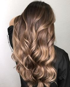 Hairstyles and Beauty: The Internet`s best hairstyles, fashion and makeup pics are here. Brown Hair Balayage, Brown Blonde Hair, Hair Color Balayage, Hair Highlights, Ombre Hair, 7n Hair Color, Color Highlights, Gorgeous Hair, Hair Looks