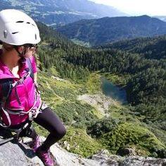 Oostenrijk - Multisport in Salzkammergut Bicycle Helmet, Riding Helmets, Climbing, Horseback Riding, Tips, Adventure, Cycling Helmet