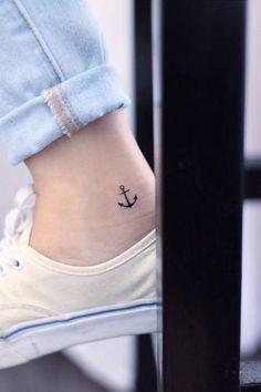 Dejarse llevar por una corriente puede ser mortal, por ello un ancla siempre te mantendrá en equilibrio. Small Tattoo Designs, Anchor Tattoo On Ankle, Simple Anchor Tattoo, Small Ankle Tattoos, Tattoos On The Wrist, Small Tattoos On Hand, Tattoos On Foot, Small Tattoos For Women, Tattoo Feet