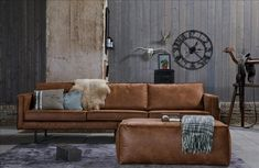 Tips That Help You Get The Best Leather Sofa Deal. Leather sofas and leather couch sets are available in a diversity of colors and styles. A leather couch is the ideal way to improve a space's design and th Home Living Room, Living Room Furniture, Living Room Designs, 3 Seater Leather Sofa, 3 Seater Sofa, Leather Ottoman, Sofa Cognac, Comfy Sofa, Leather Furniture