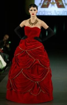 Queen couture red ve . Velvet Gown, Red Velvet, Strapless Dress Formal, Formal Dresses, Gowns, Queen, Couture, Creative, Fashion Design