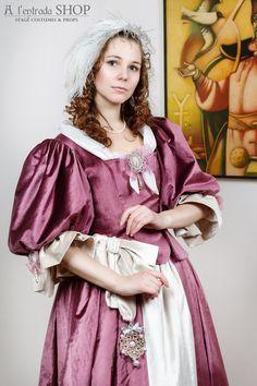 renaissance gown late 15th century burgundy by alentradashop historic clothes pinterest. Black Bedroom Furniture Sets. Home Design Ideas
