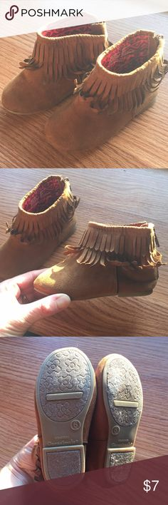 fbc95f6dc2 Toddler girls ankle boots Brown suede boots. Barely worn. In very good  condition.
