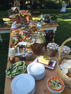 Farmers Table Starter in the garden and delicious food by