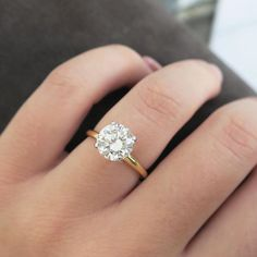Diamond Ring #gold #engagement #wedding #roundbrilliant #vintage #jewelry #beladora