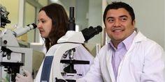 El científico Alejandro Cabrera Fuentes, nacido hace 29 años en el poblado zapoteco de Juchitán, Oaxaca, desarrolló en Alemania un tratamiento para atender infartos que ya funciona en Europa.