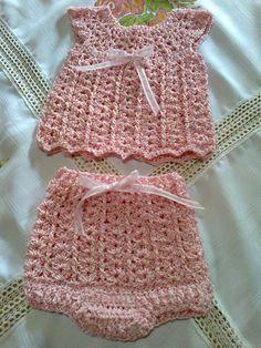 Conjunto para recién nacido en hilo de seda