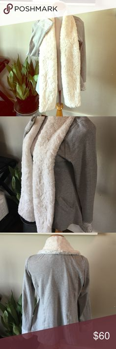 Anthro Sherpa trim sweatshirt cardigan Cutest comfiest thing ever!!! So snuggly with the Sherpa trim and collar. Nice for lounging and going out. Size large but can work for medium too a little oversized. Super cool herringbone pattern. Amazing condition! Brand is Saturday Sunday from Anthro Anthropologie Tops Sweatshirts & Hoodies