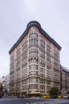 Fantastic The 1908 Parkview building