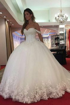 2019 Elegant Off The Shoulder Tulle Wedding Dresses With Appliques