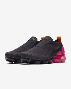 Nike Air VaporMax Flyknit Moc 2 Women's Shoe Nike Air Vapormax, Black White Fashion, Nike Sportswear, High Top Sneakers, Jordans, Lab, Labs