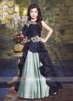 Embroidered Floor Length Gown for Girls Kids Gown Design, Kids Frocks Design, Baby Dress Design, Party Wear Gowns Online, Kids Party Wear Dresses, Designer Party Wear Dresses, Frocks For Girls, Gowns For Girls, Dresses Kids Girl