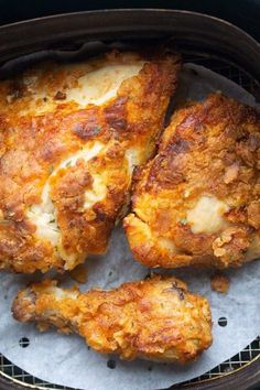 air fried chicken breast in Air Fryer Air Fryer Fried Chicken, Air Fried Food, Fried Chicken Breast, Air Fry Chicken, Chicken Gravy, Air Fryer Chicken Thighs, Fried Chicken Legs, Air Frier Recipes, Air Fryer Oven Recipes